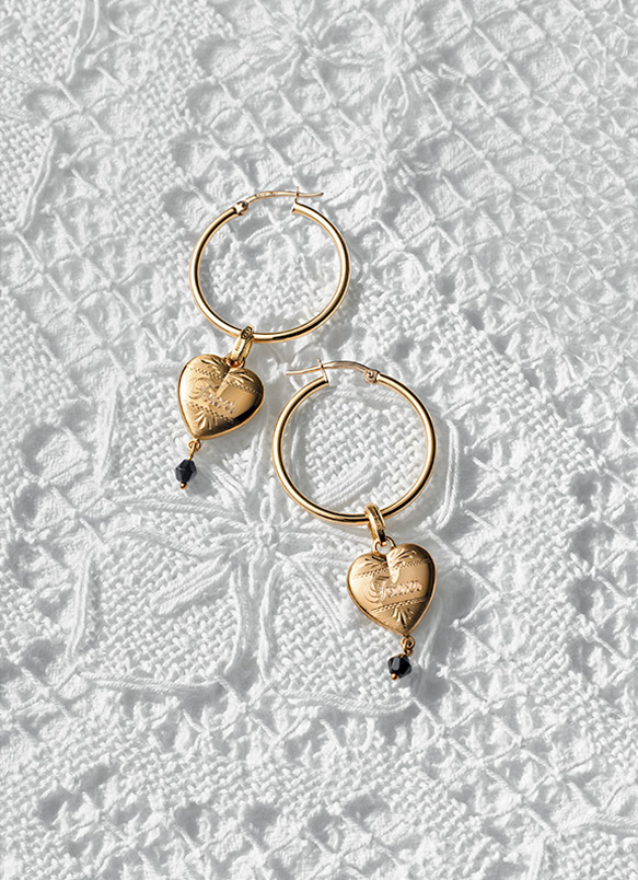 8f8bc4f4 Rings, necklaces, earrings and bracelets with heart and lock ...